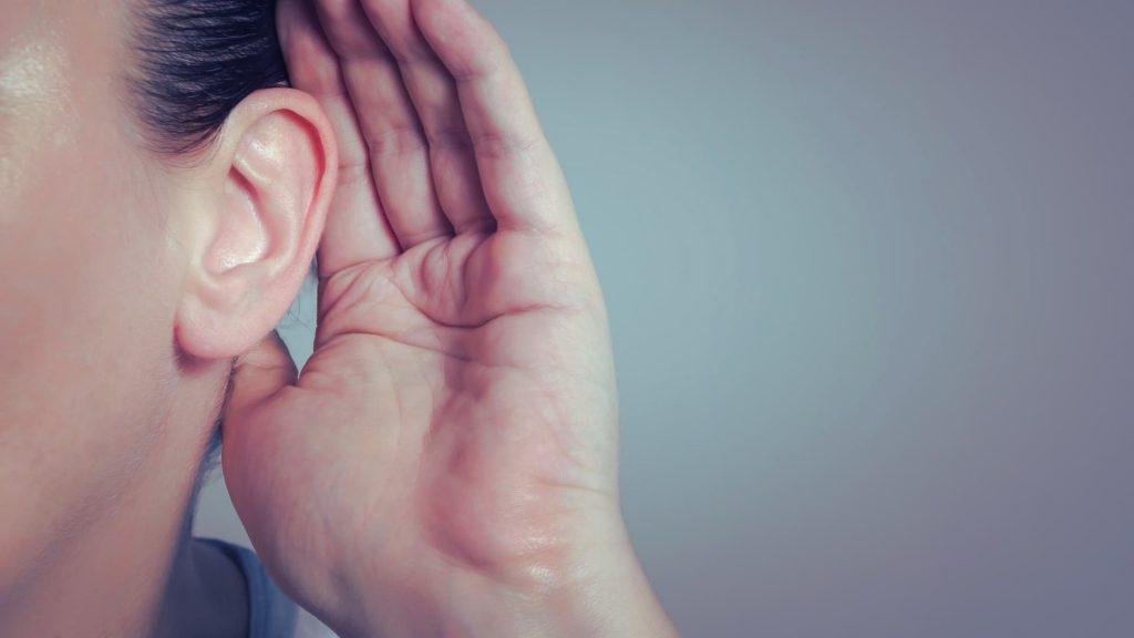 Attenzione nessuno ascolta